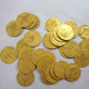 irish gold coins2 - 17th century Gold coins found under Irish pub floor