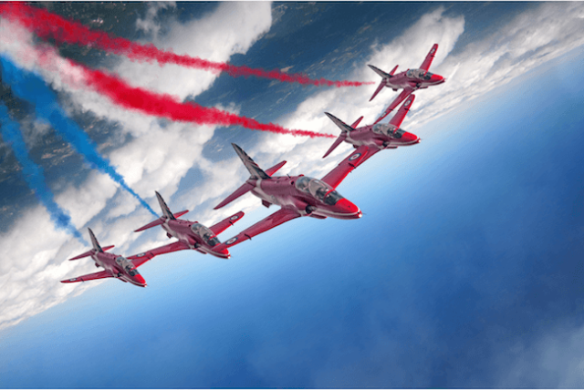 enid formation - Poll: Which Red Arrows photograph do you prefer?