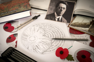 2017 poppy coin design sketches - Why this year's official Poppy coin is one of the most poignant yet…