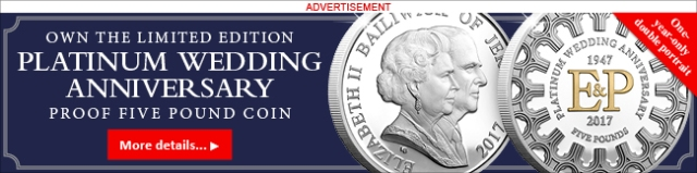 Platinum-Wedding-Jersey-Proof-Five-Pound-Coin